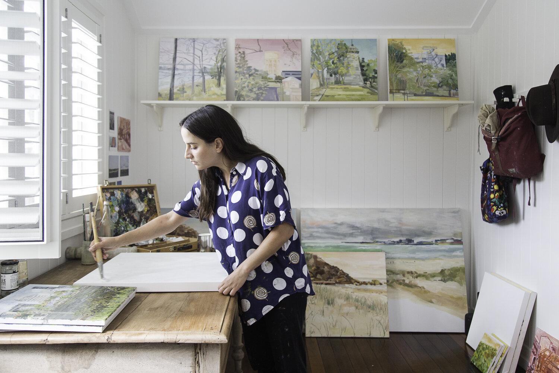 julia sirianni in her studio