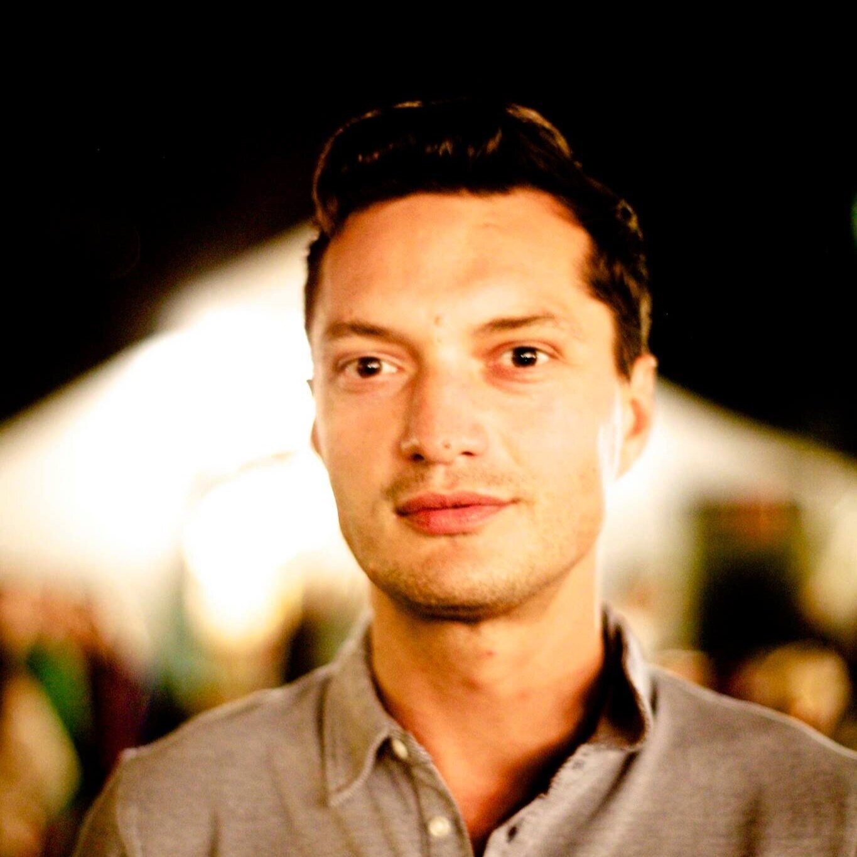 Esmir Majdanac - Video Expert en AMP Film Crew Coach