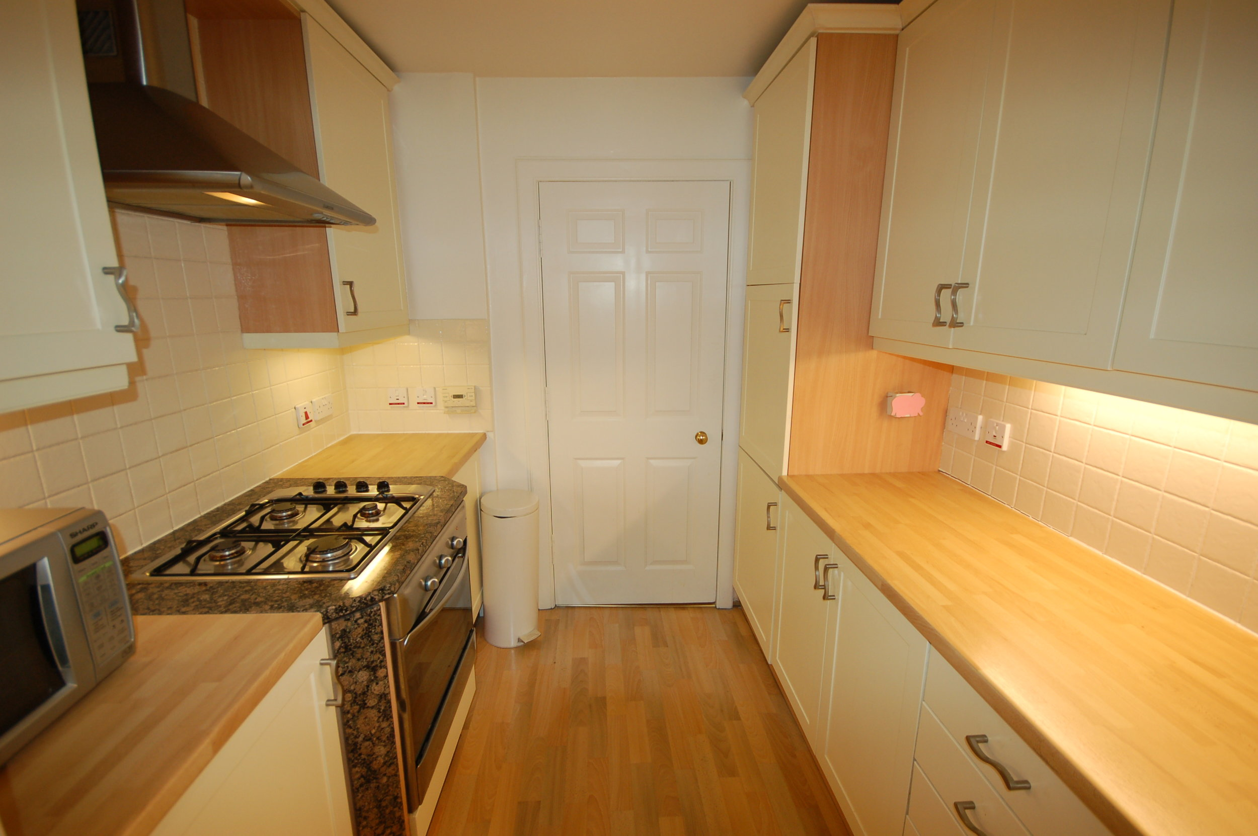 kitchen2_6151074384_o.jpg