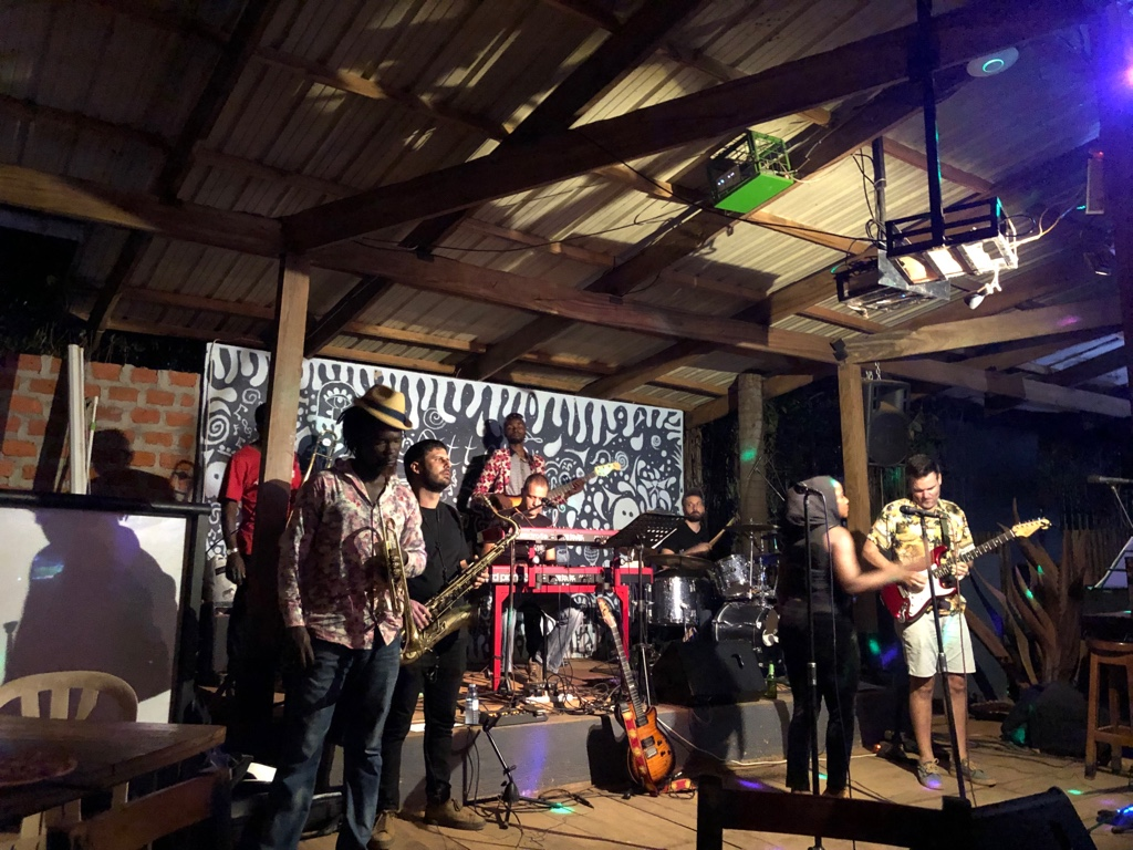 Live Musik in der Otters Bar