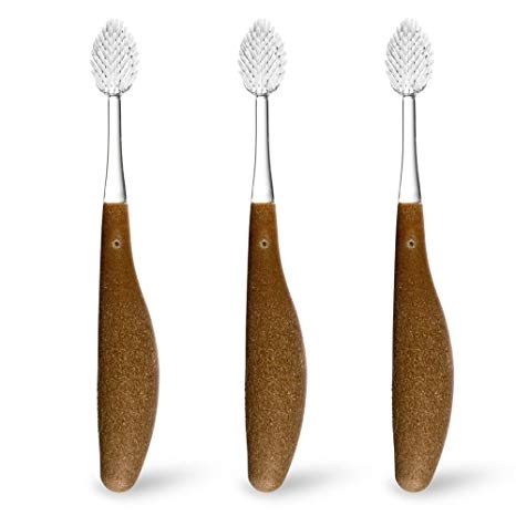 Radius toothbrush is made of recycled content and completely compostable.