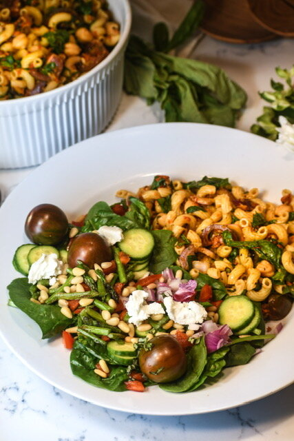 roasted red pepper pasta salad with greens