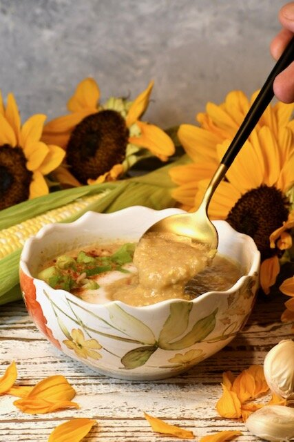 One Pot Easy Vegan Corn Chowder