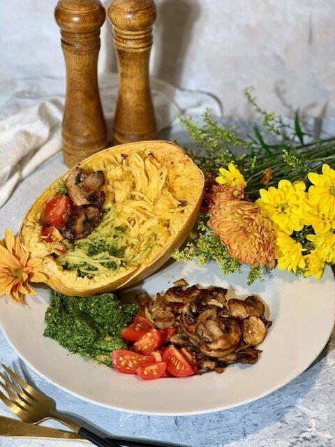 vegan kale pesto spaghetti squash