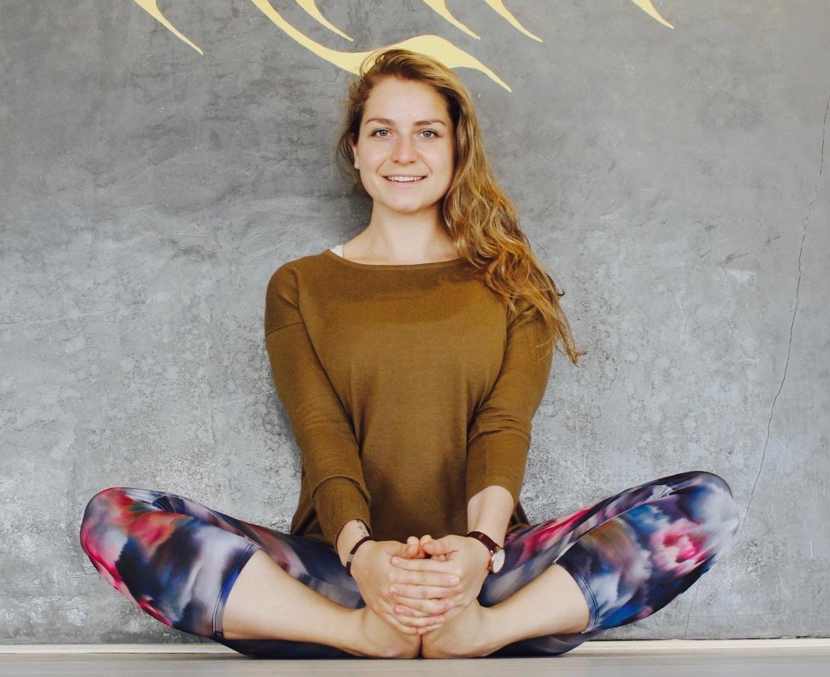 Yoga & Emotionaler Hunger (l).jpeg