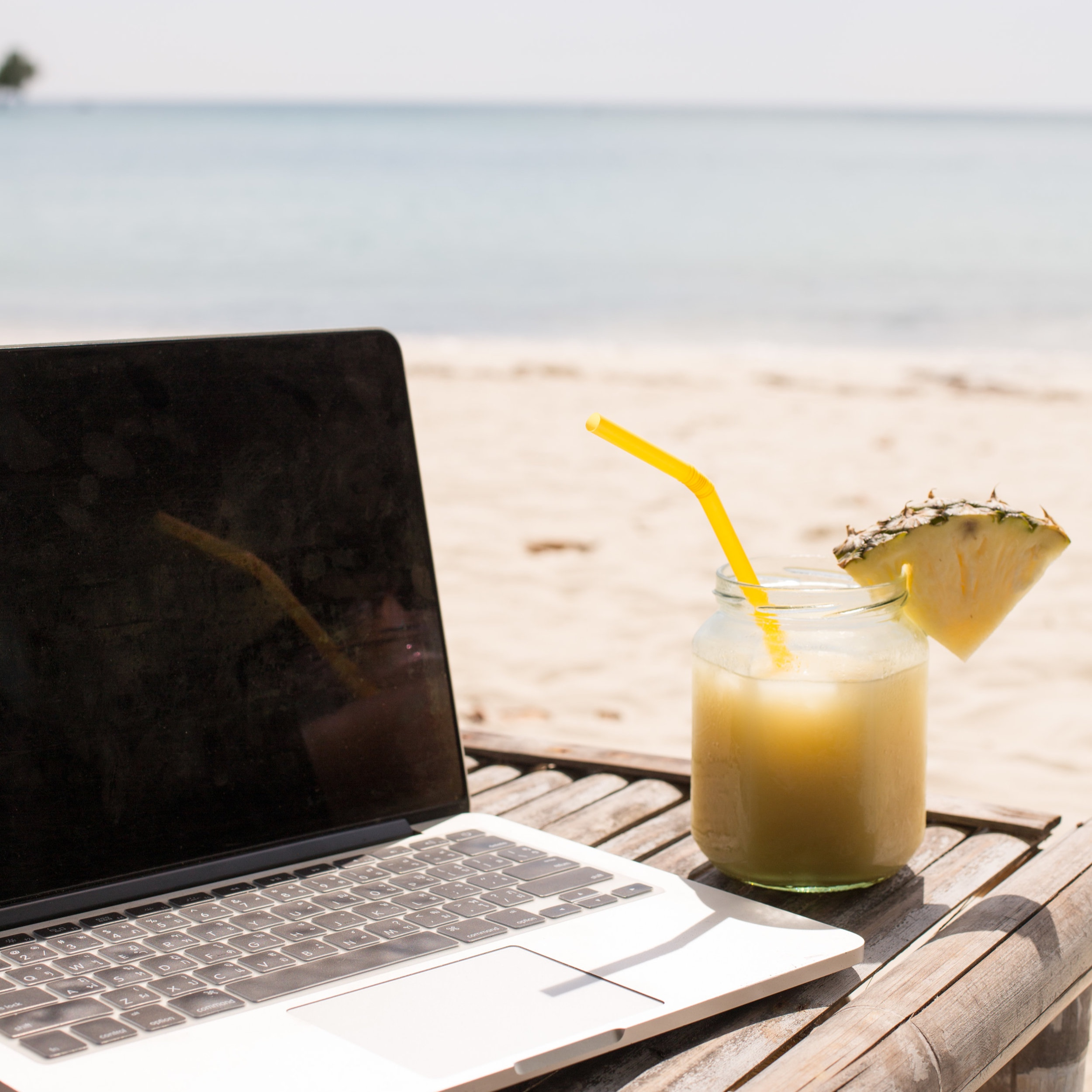 Work+from+wherever+by+Styled+Life+Stock+-+15.jpg