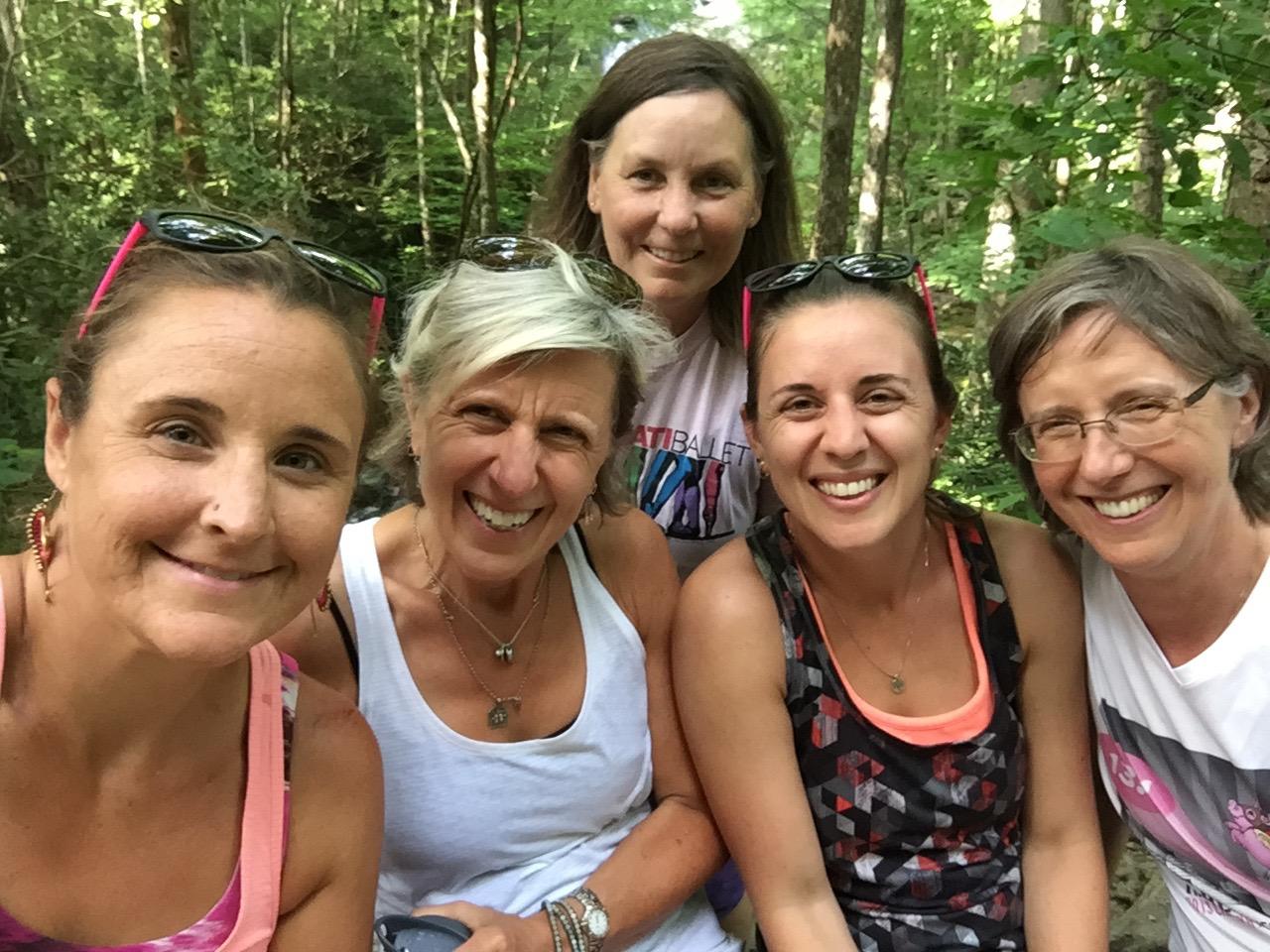 hiking ladies