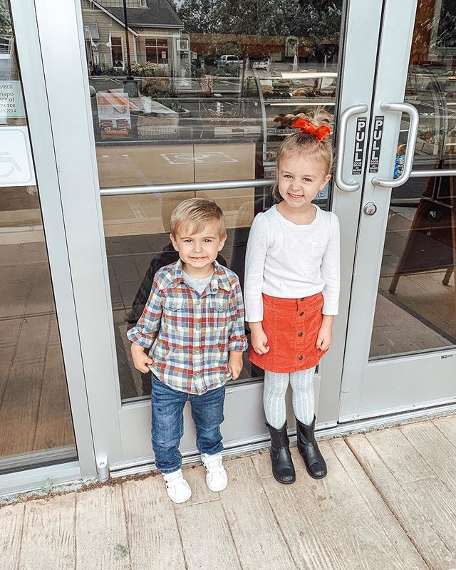 Promised these two muffins @blackhorsecoffee before church if we got out of the house in time.  Magically we did, and mama got an americano! ☕️🙌🏼Apparently I need to bribe them with muffins more often! . . . #paisandbrix #smithsibs #blackhorsecoffee #muffinlovers #momlife #pastorskids #sundayvibes #sundaymornings #motherhoodthroughig #authenticmotherhood #motherhoodissanctifying