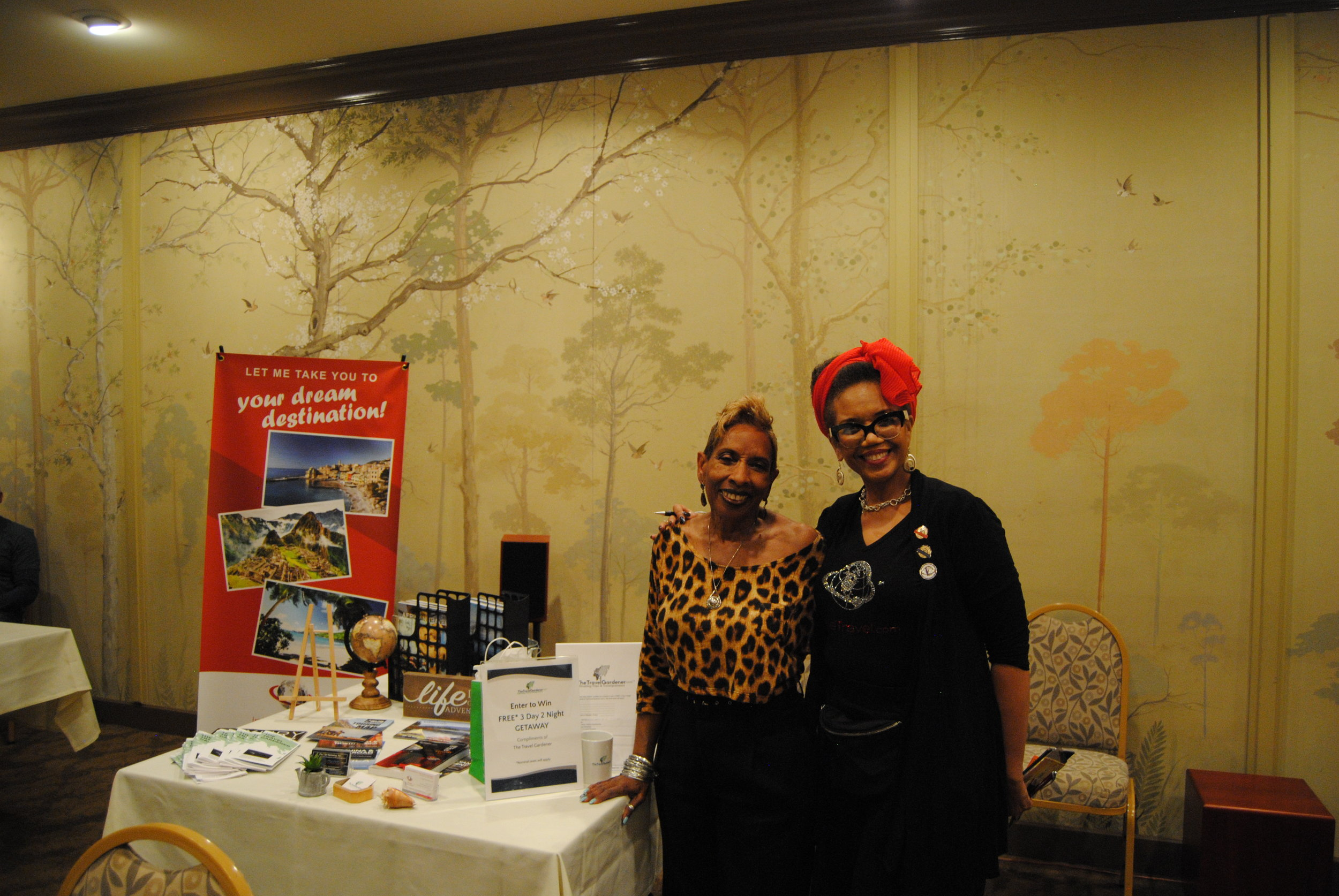 Zenobia and Alycia Gardner Moore,  The Travel Gardener