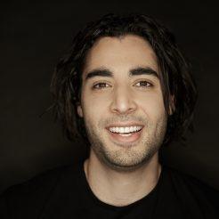 Zak Mirzadeh    Illusionist