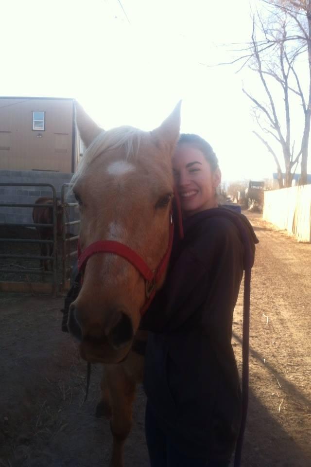 Hannah Moore_WYOMING_loveofhorses.jpg