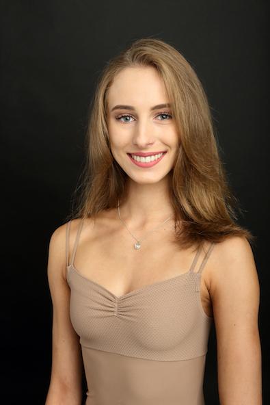 ALDONA BUDNY   Geboren in Polen  Ausgebildet an der Ballett- Akademie der Hochschule für Musik und Theater München   Stipendiatin seit September 2018