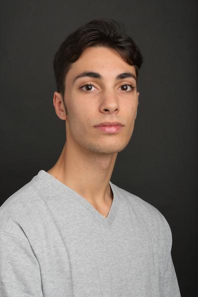 EDOADO LA VECCHIA   Geboren in Italien  Ausgebildet an der Ballettschule des Hamburg Ballett   Stipendiat seit September 2018
