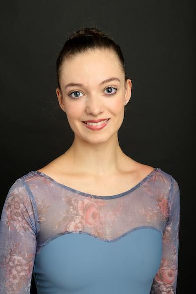 HANNAË MIQUEL   Geboren in Frankreich  Ausgebildet an der VM Ballett Schule Toulouse   Voluntärin seit September 2018