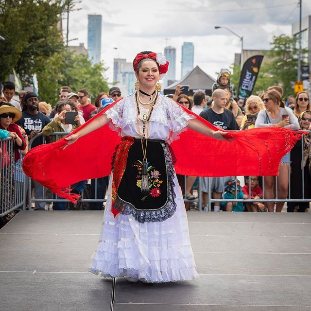 Mexican Folk Dancer @ the Let's Dance Stage - Taste of the Danforth ••• #BalletFolkloricoPuroMexico #jarocha #redshawl #multiculturaltoronto #greektown #mexicanfolkdance #puromexicoballet #tasteofthedanforth #totd2019 #torontoevent #eventphotography #eventphoto #dancer #mexicana #curiocitytoronto #thedanny #danforthstrong @blogto @puromexicoballet @tastedanforth @thedannybia #mexicanculture