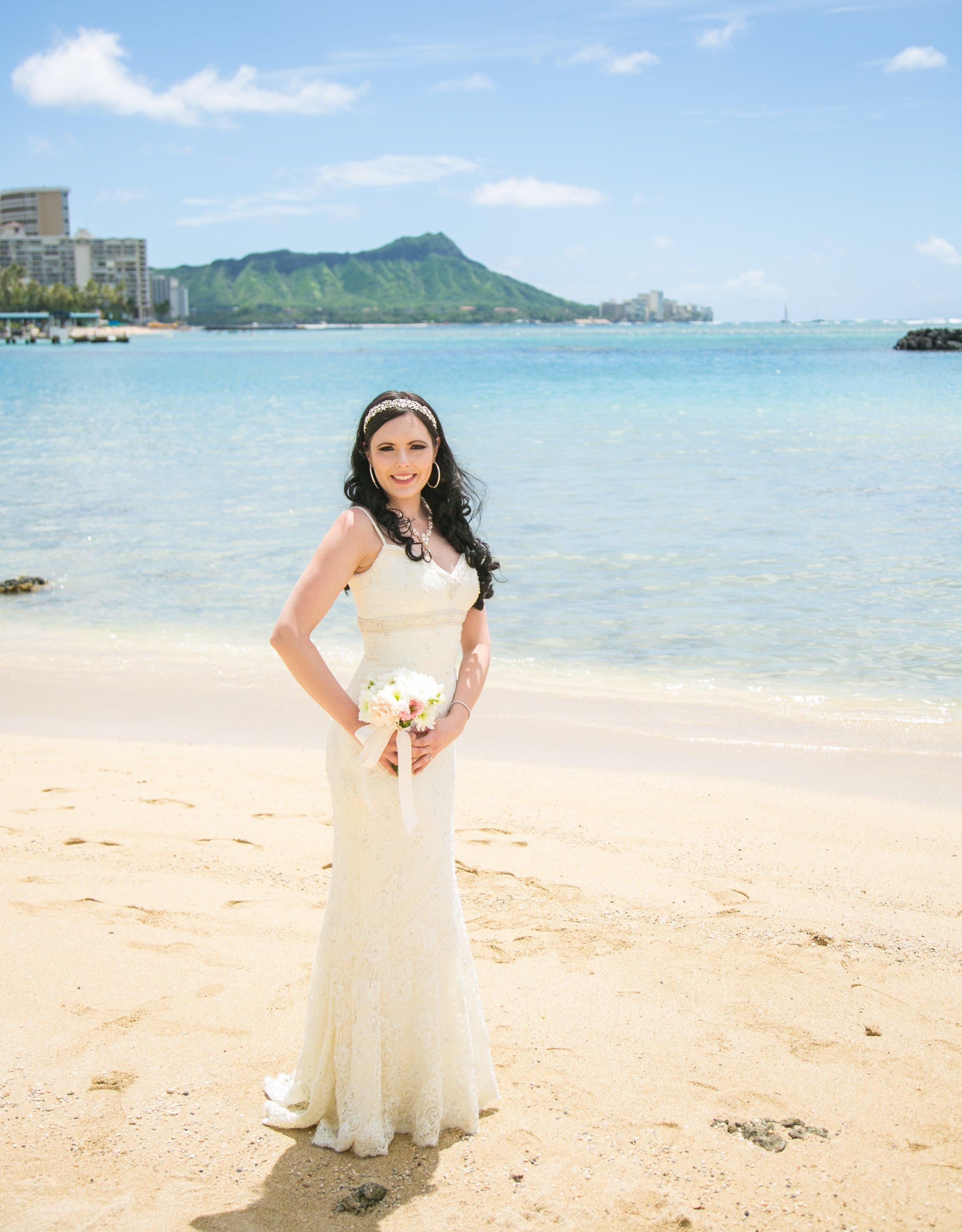 Bride Mermanda - Waikiki Beach Wedding (Diamond Head in the background)