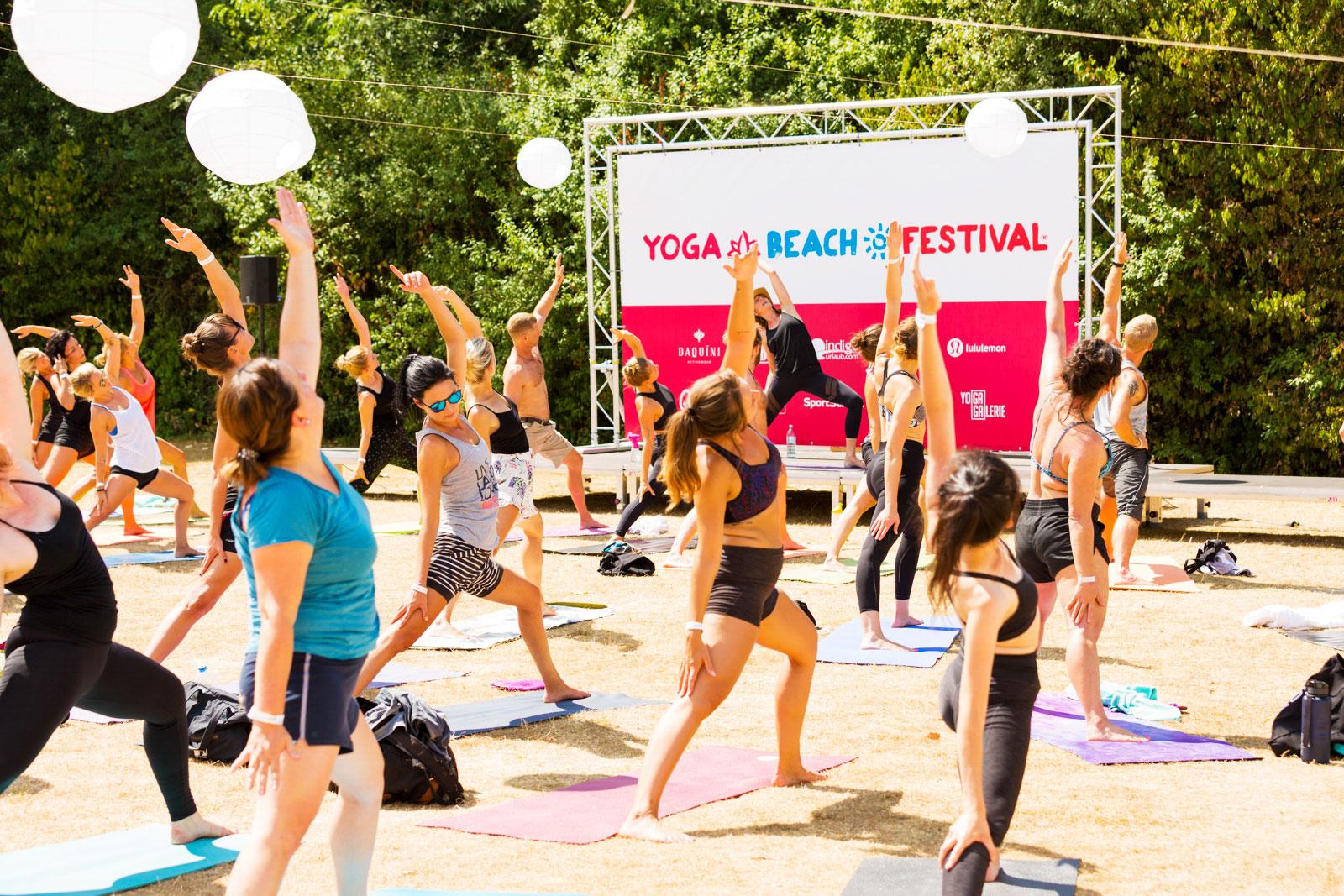 YOGA-BEACH-FESTIVAL_CGN_Banner_People_WEB.jpg