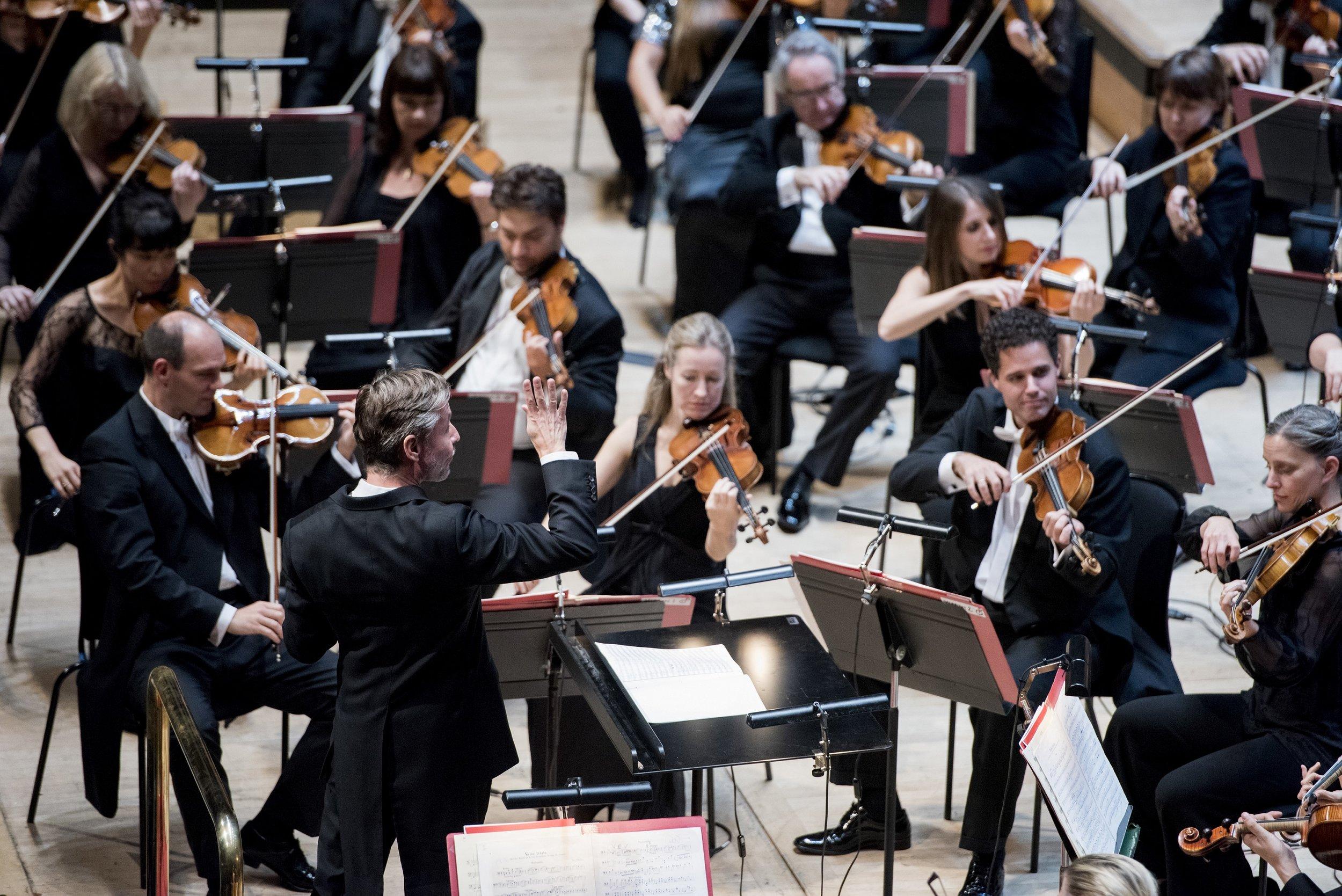 Philharmonia Orchestra - Photo: Camilla Greenwell