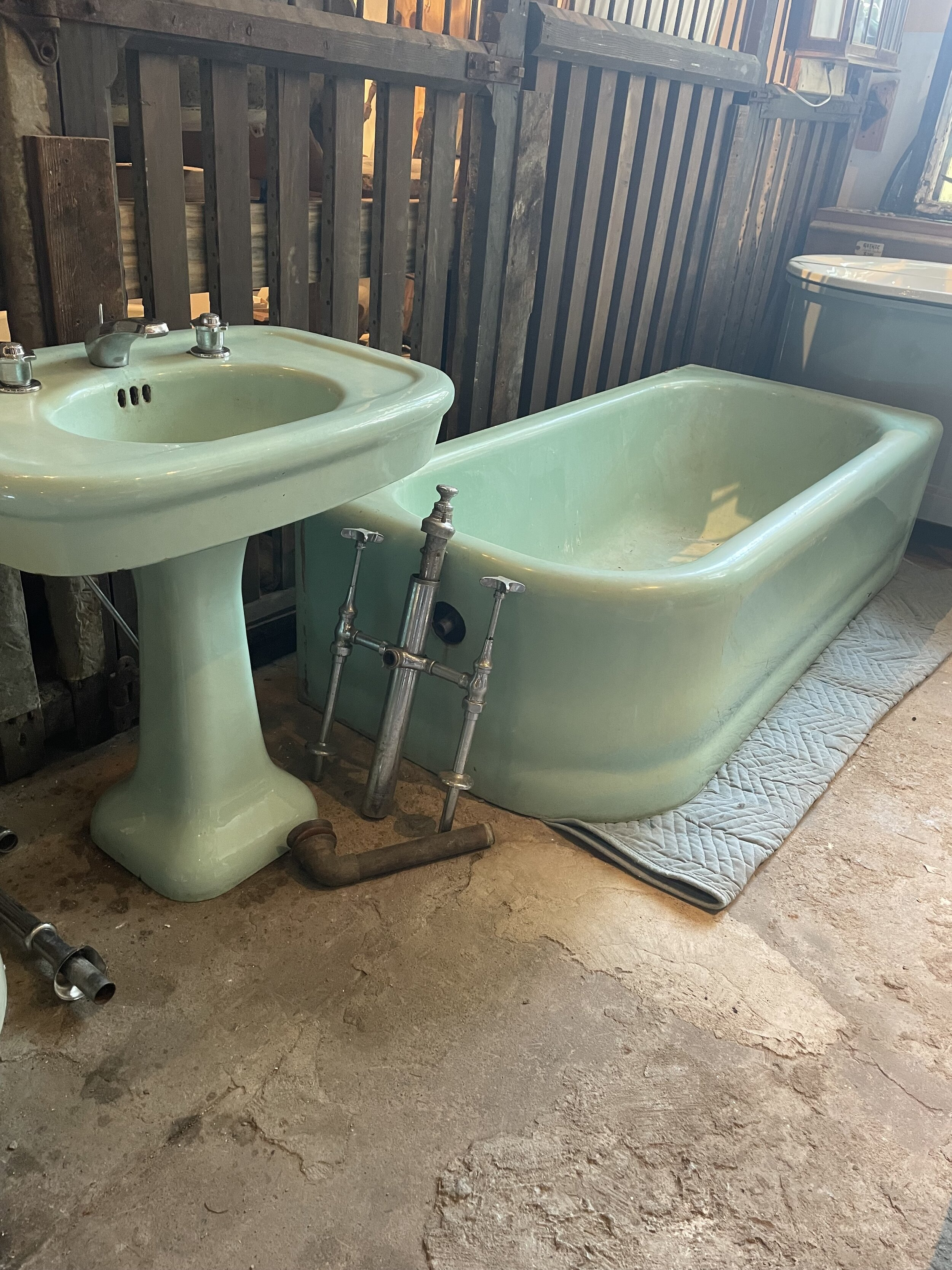 Vintage Kohler Tub And Sink Set Hudson Valley House Parts