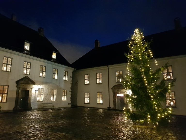 Christmas tree at Håkonshallen with the Norwegian tradition of white lights only