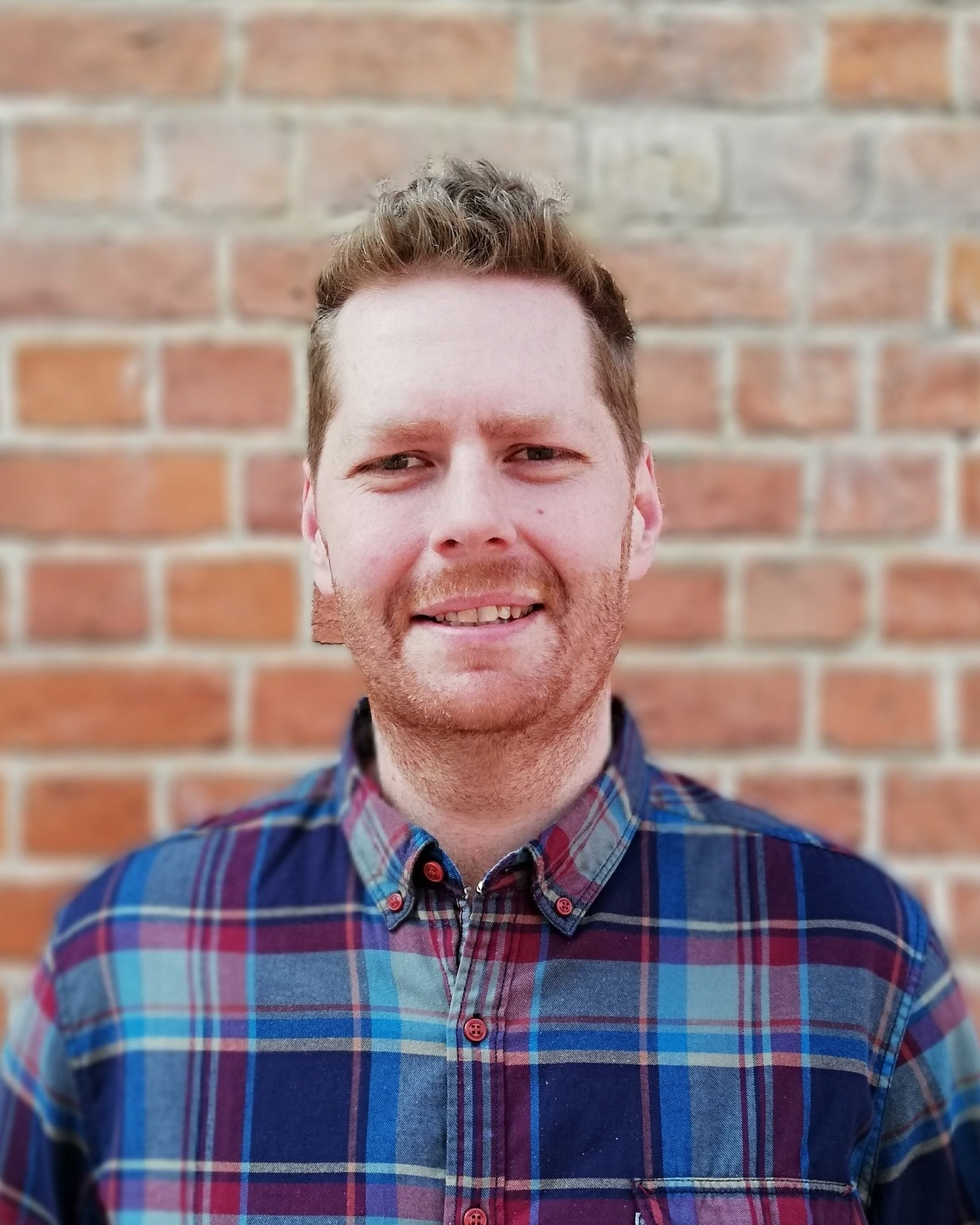 Seb - Seb is our Assistant Minister and part of the Mariners family along with his wife Isla and their three daughters. Seb has been an invaluable addition to the team, bringing anointed teaching and a passion to see many of our ministries develop.