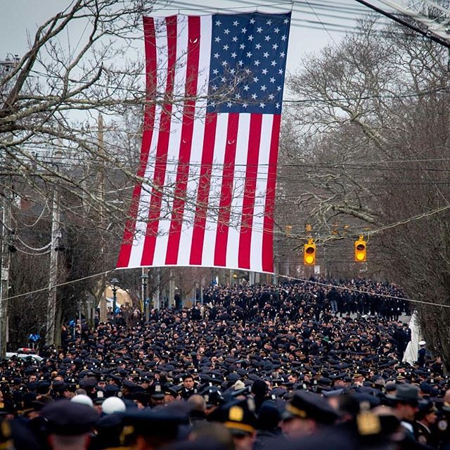 Repost from @nypdsports Our brother was laid to rest today. We begin our healing as we dry our eyes, square our shoulders, and continue our fight to make this city safer for everyone.  Rest In Peace, Detective Simonsen. 💙🙏 📸 @nypdchiefofdept
