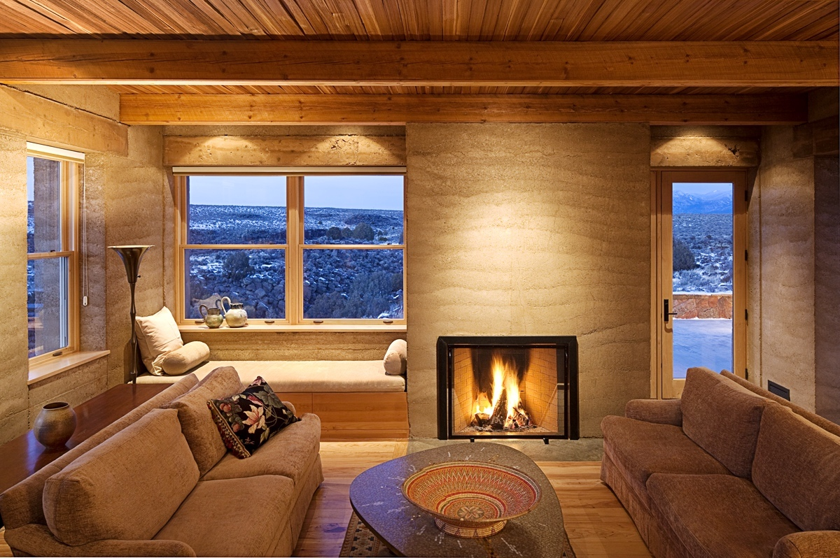ian livingroom.jpg