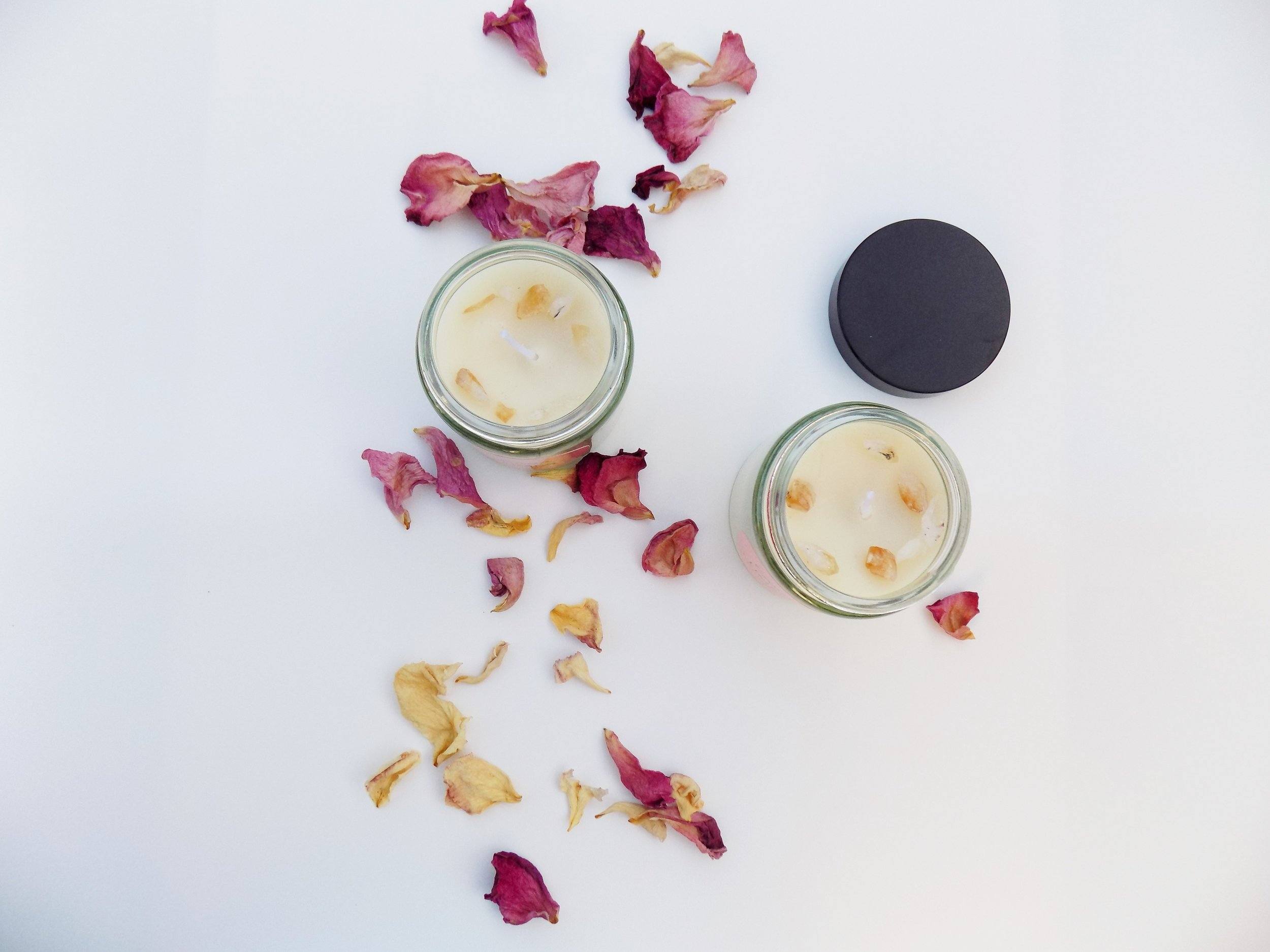 - We use soy wax which is 100% GM free and with no pesticides and herbicides at any stage during its collecting process.