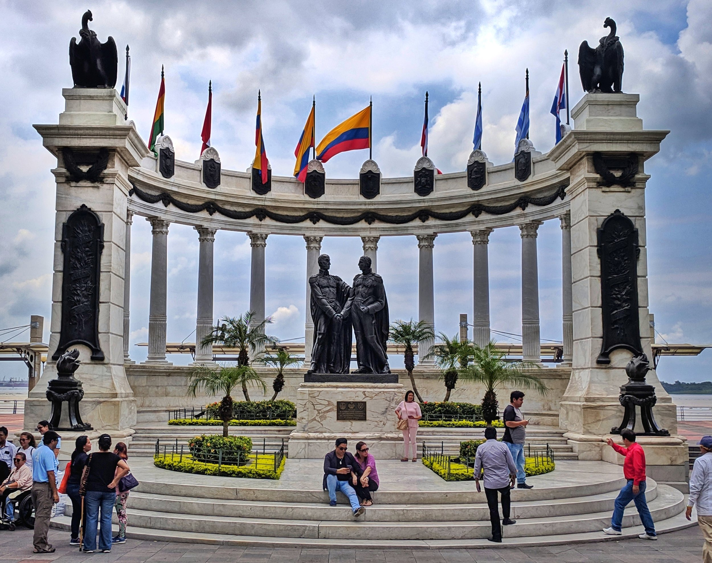 A monument commemorating the meeting of Simón Bolívar and José de San Martín in 1822 held in Guayaquil. Between the two libertadores (liberators), they managed to free the modern-day countries of Venezuela, Bolivia, Colombia, Ecuador, Peru, Panama, Argentina, Chile and Peru from the Spanish.