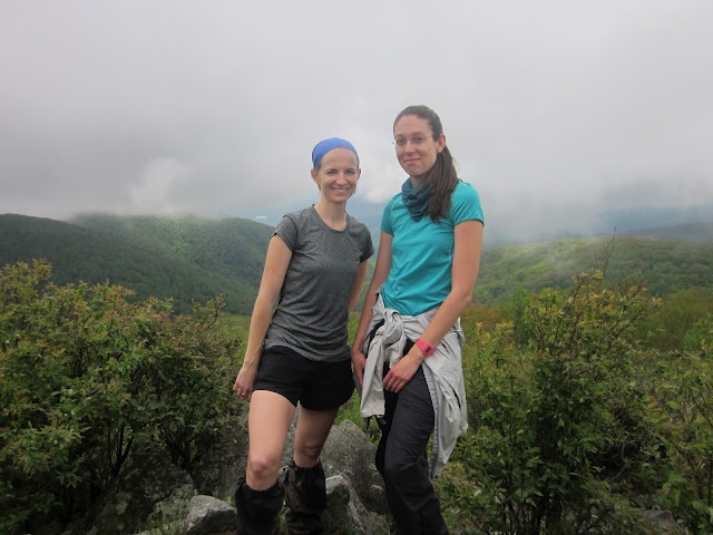 Becca_on_Rocky_Top_with_cousin_Anne_Passino