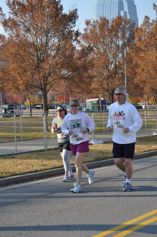 2012 Music City 4-miler with Rob on Thanksgiving