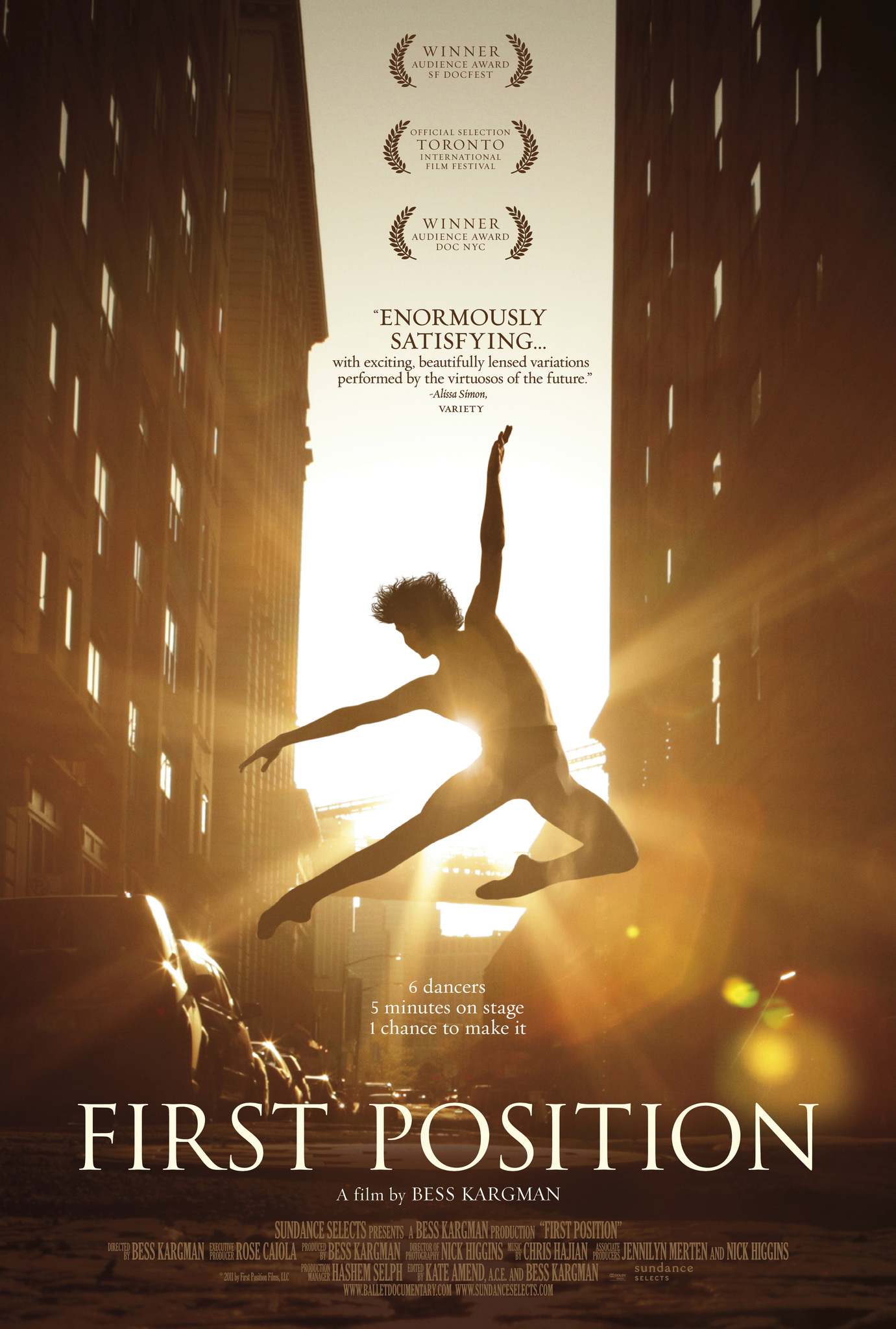 (2011) A documentary that follows six young dancers from around the world as they prepare for the Youth America Grand Prix, one of the most prestigious ballet competitions in the world. -