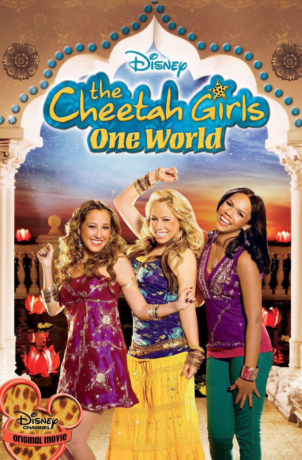 (2008) The Cheetah Girls travel to India to star in a Bollywood movie but end up competing for the same part. -