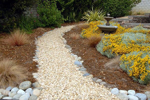 cambria_garden-pathway.jpg