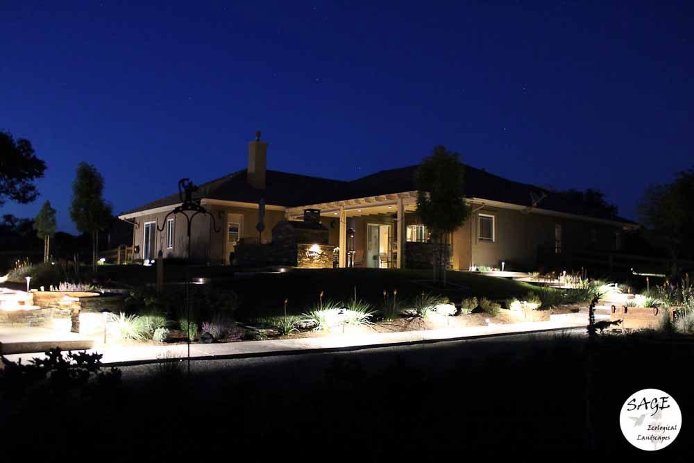 paso-robles_garden-lighting.jpg
