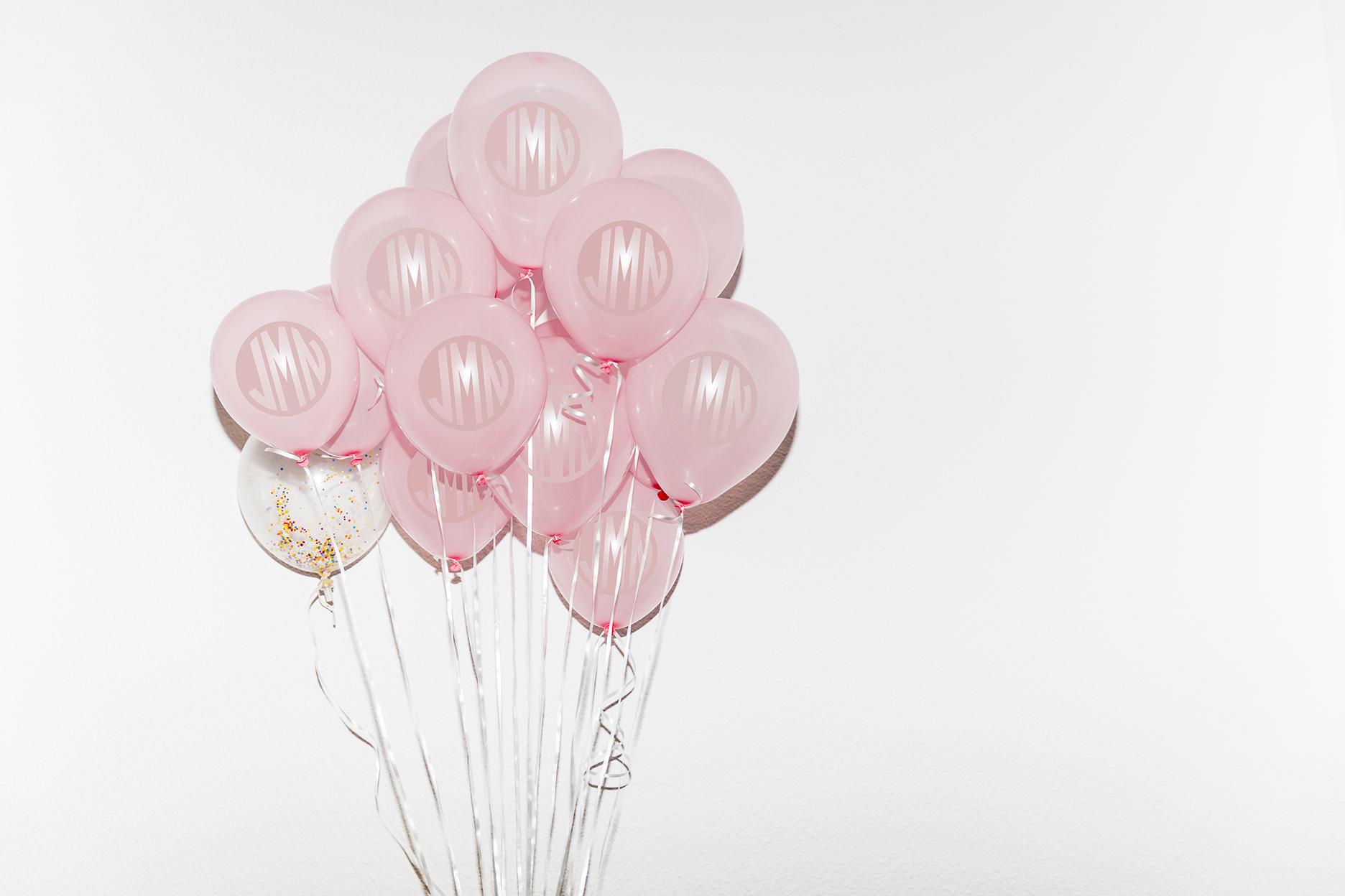 jen.loves.custom.balloons.jpg