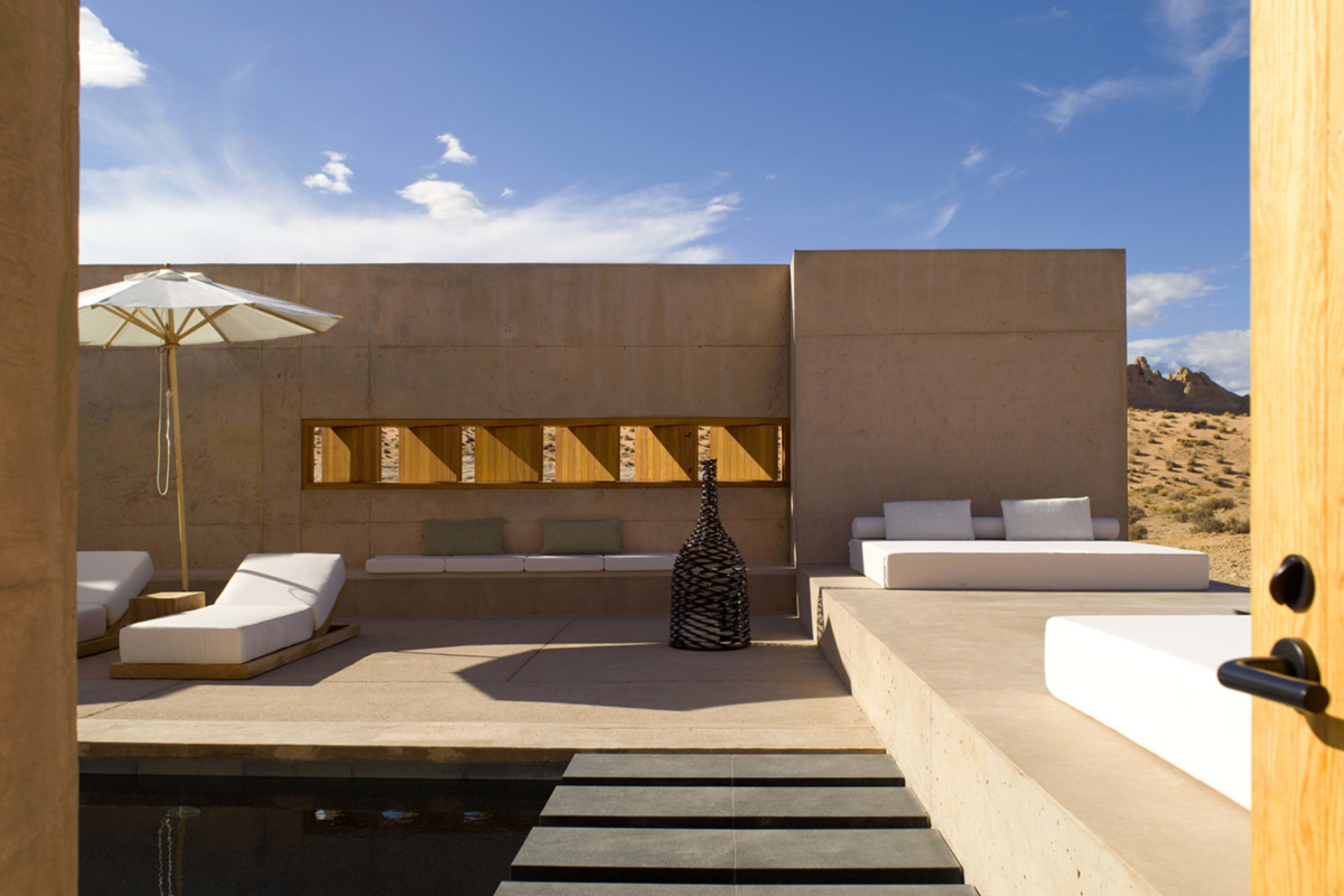 aman_amangiri_suite_breezeway_office_2610.jpg