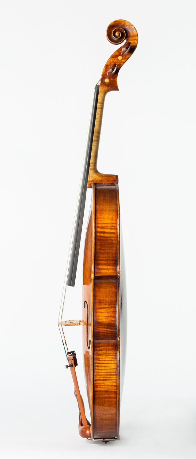 Starkie Brothers Amati model viola 2016 side.jpg