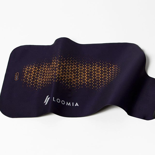 Our LELs can be made in all shapes and sizes for different use cases. This one is a small back heater, designed to heat the kidneys in a jacket. 🔥 learn more about how the LEL can be customized at www.loomia.com