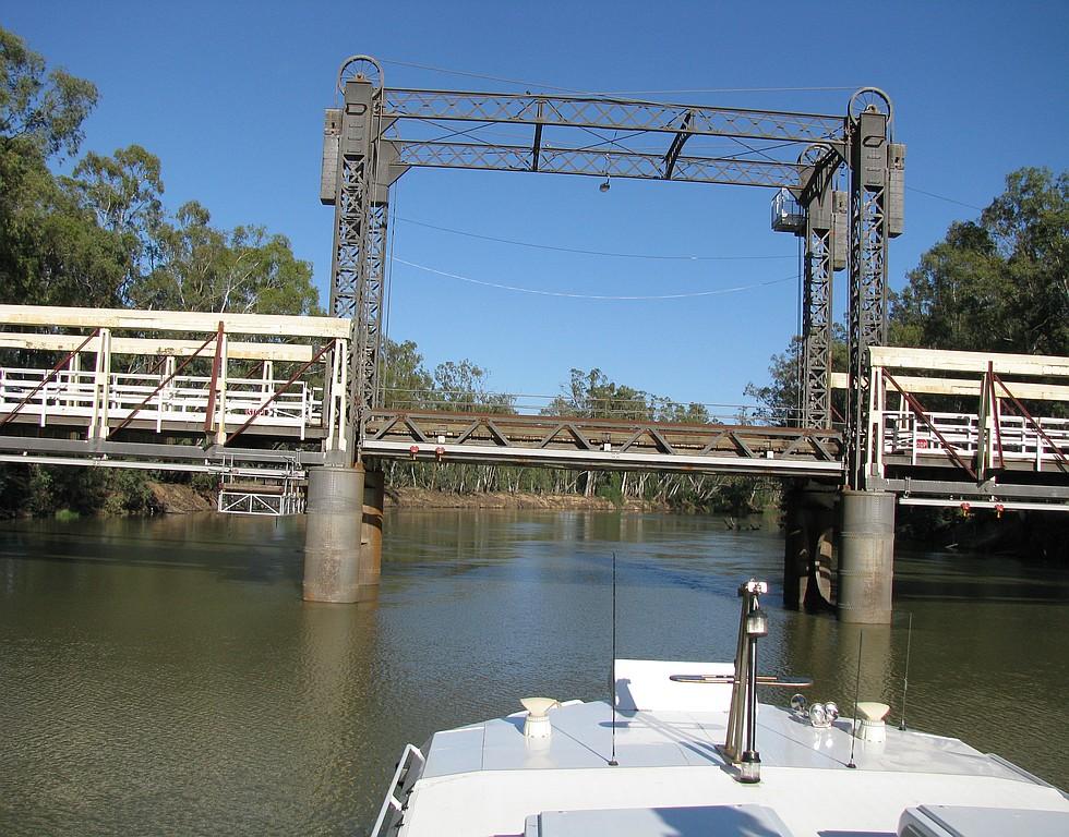 095. Barham Bridge..jpg