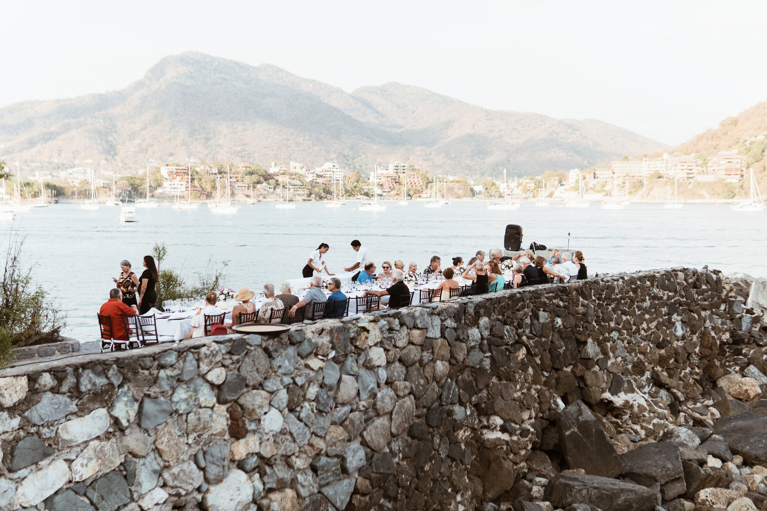 Clandestina-Zihuatanejo-Angustina-Chef-Felipe-Fotografia-Heiko-Bothe-7.jpg