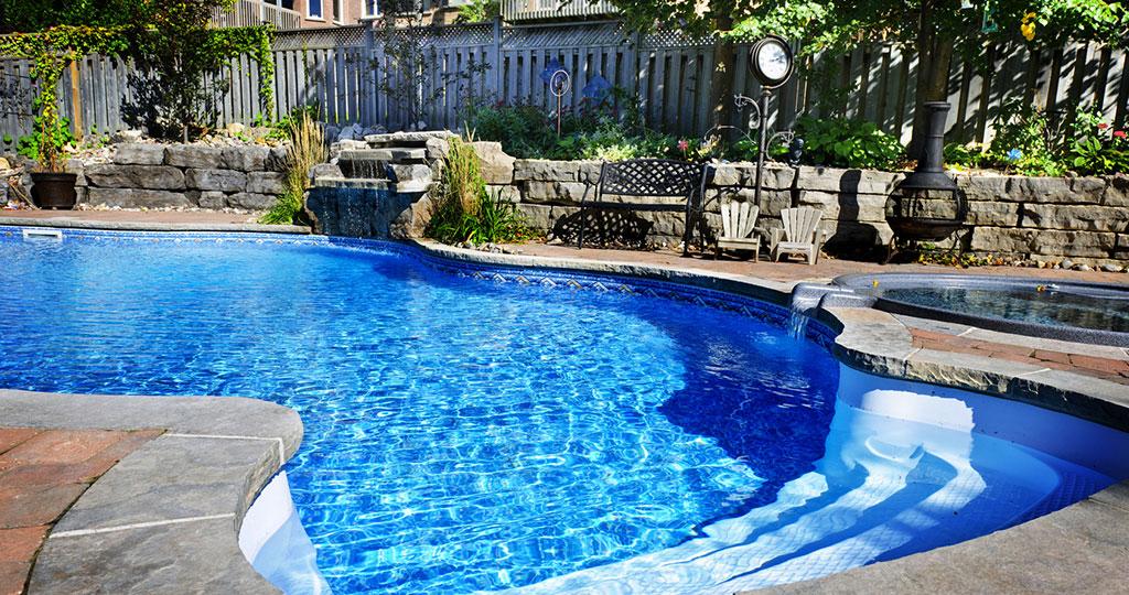 pool-cleaning-company-3.jpg