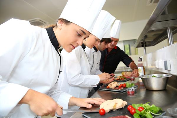 FNTC_SIT20416-Certificate II in Kitchen Operations.jpg