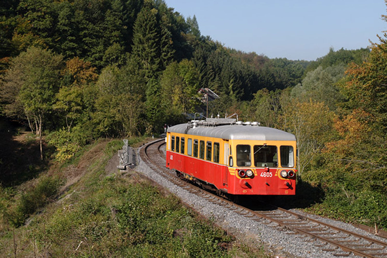 domaine-de-ronchinne-chemin-de-fer-du-bocq-02.jpg