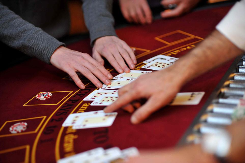 domaine-de-ronchinne-activites-avec-nos-partenaires-eureka-events-casino.jpg