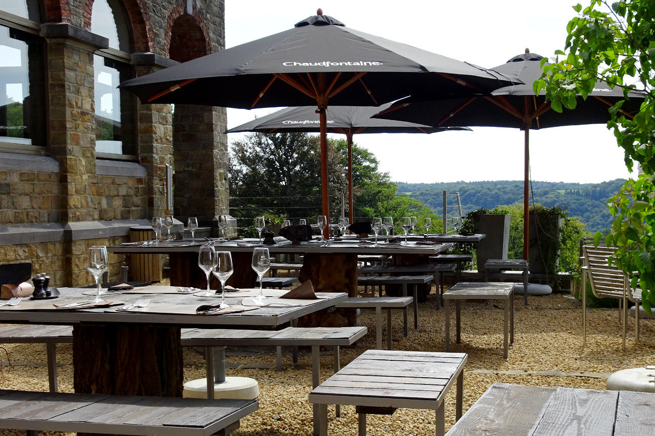 domaine-de-ronchine-evenements-meetings-espaces-chateau-terrasse-03.jpg