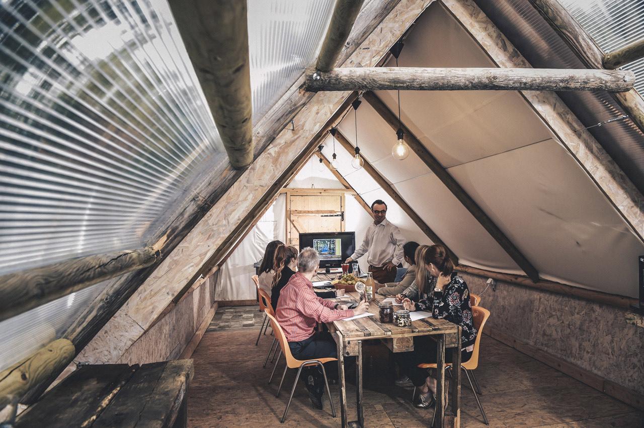 domaine-de-ronchine-evenements-meetings-espaces-insolites-tente-02.jpg