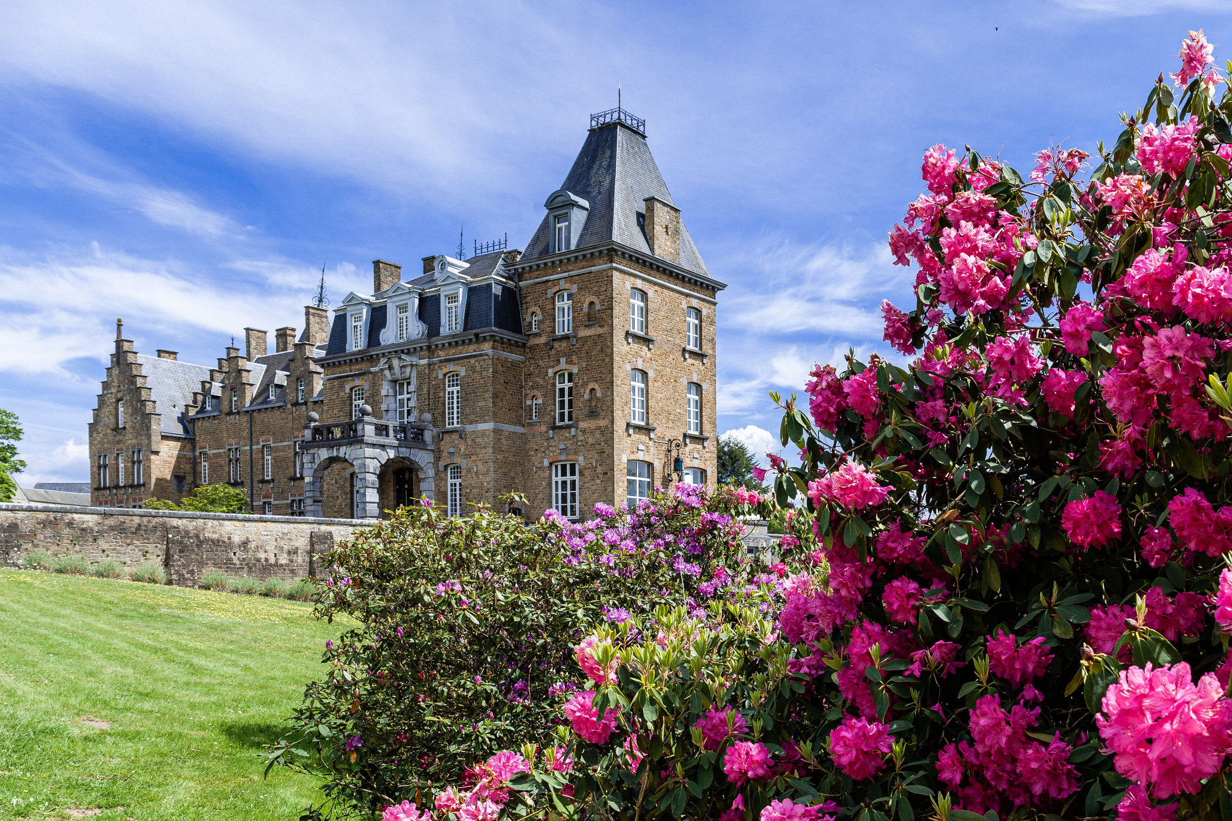 domaine-de-ronchinne-chateau-rhodos-01.jpg