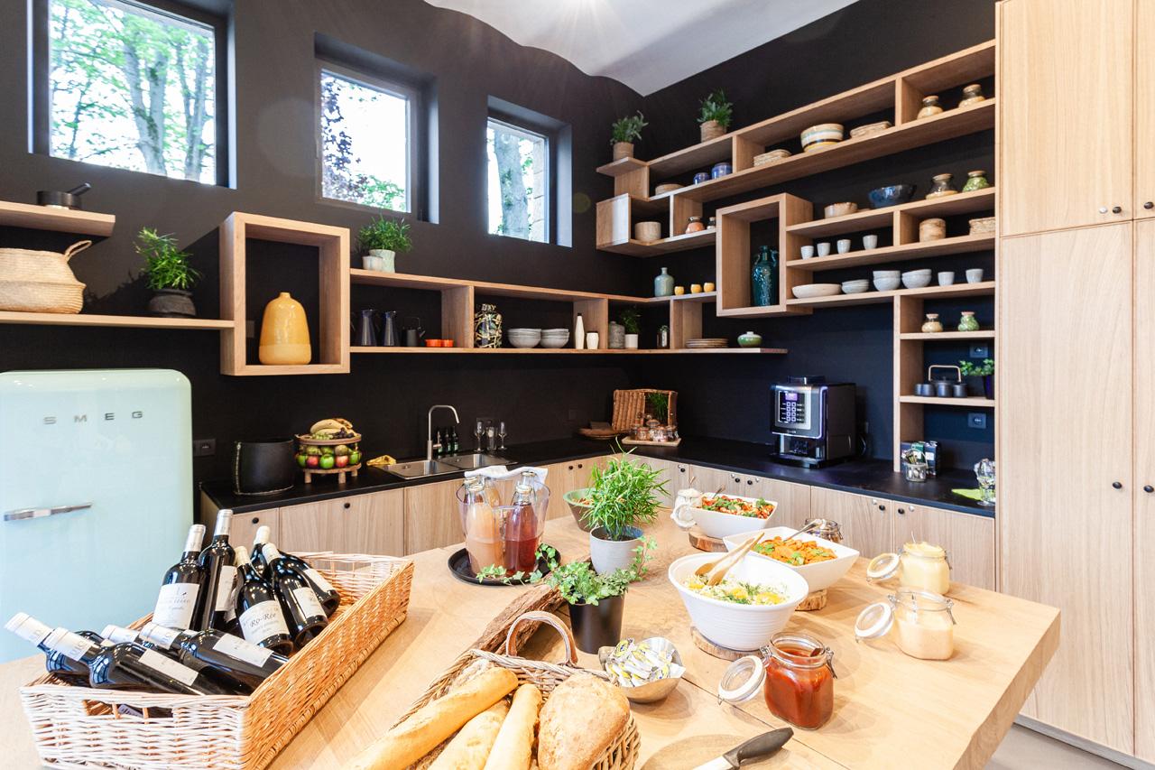 domaine-de-ronchinne-maison-du-jardinier-cuisine-03.jpg