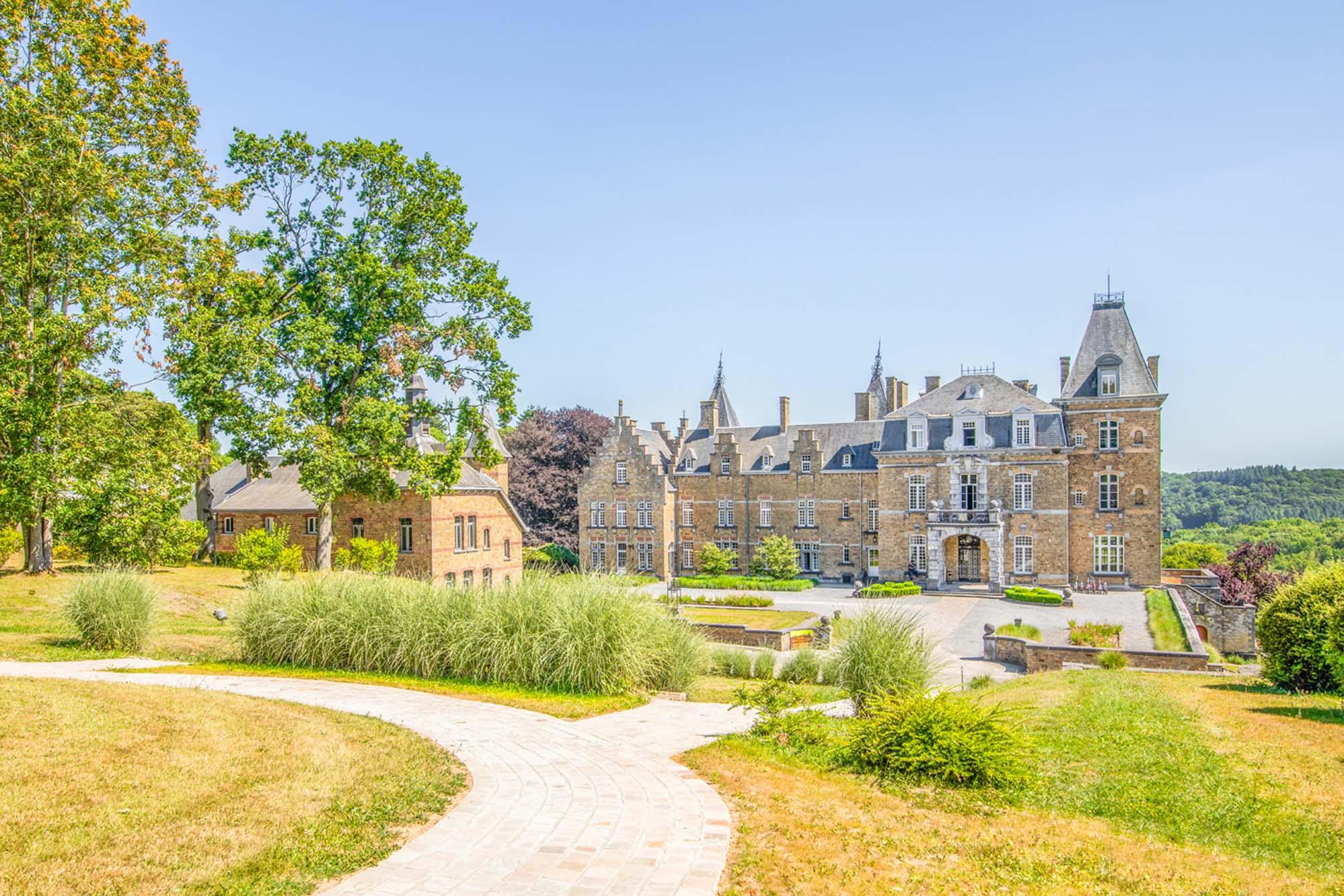 Domaine-de-Ronchinne-Chateau.jpg